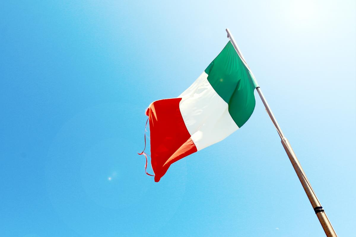 How to freelance from the UK for an Italian firm
